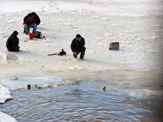 на пруду утонул рыбак